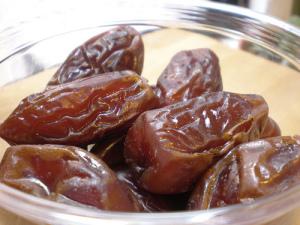 Dried dates_h-bomb