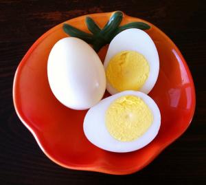 Hard boiled eggs_knitstamatic