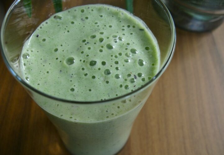Avocado spinach protein shake
