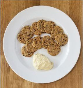Crackers and hummus 285x300 - The Sweet Spot Challenge. Is 100 g Doable?