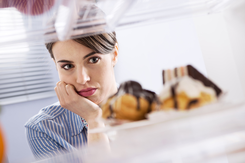 Craving sweet foods - Sleep And Weight Gain. What's The Connection?